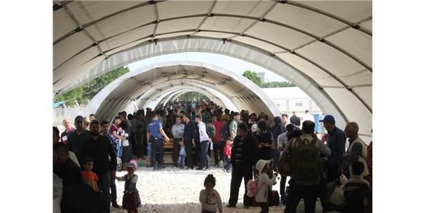 Ramazan Bayramı İçin 52 Bin 114 Suriyeli Ülkesine Gitti