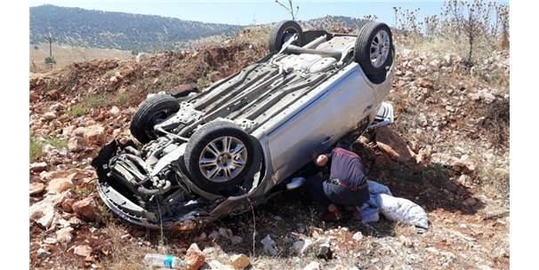 Mıcıra Kapılan Otomobil Takla Attı: 1 Yaralı