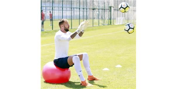 Sıcak, Antalyaspor'un Temposunu Bozmadı