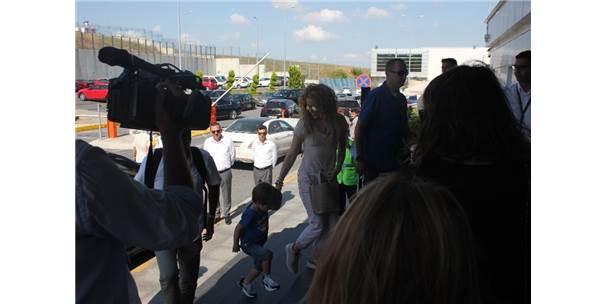 Shakira'dan Türkiye'ye Türkçe Veda