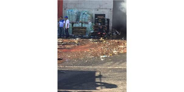 Viranşehir'de Gıda Deposunda Yangın