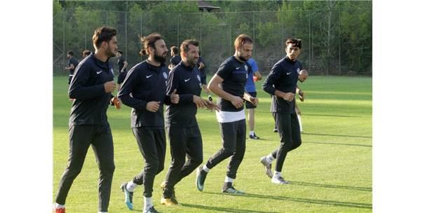 Adana Demirspor'da Yeni Sezonun İlk Antrenmanı