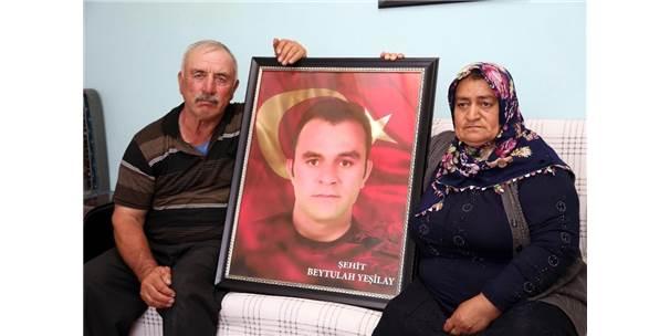 15 Temmuz'da Bir Oğlunu Gazi Bir Oğlunu Da Şehit Veren Aile İdam İstiyor