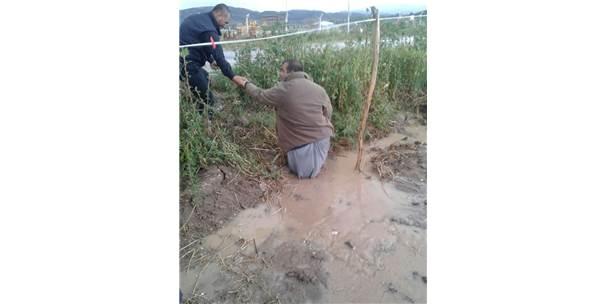 Gümüşhacıköy'de Tarım İşçilerinin Çadırlarını Su Bastı