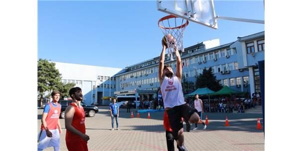 Bingöl'de Sokak Basketboluna Yoğun İlgi