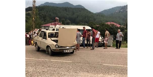 Andırın'da Trafik Kazası: 3 Yaralı