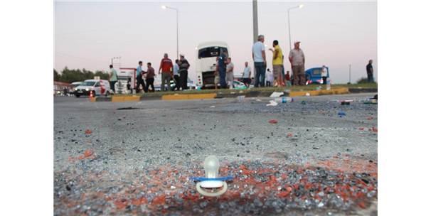 Tur Midibüsü Kaza Yaptı: 19'U İsrail Uyruklu Turist 21 Kişi Yaralandı