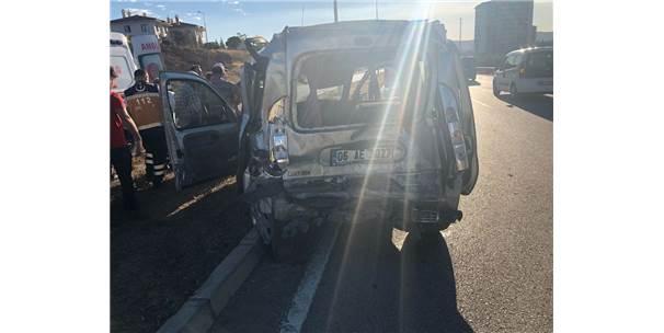 Kırıkkale'de Zincirleme Kaza: 3 Yaralı