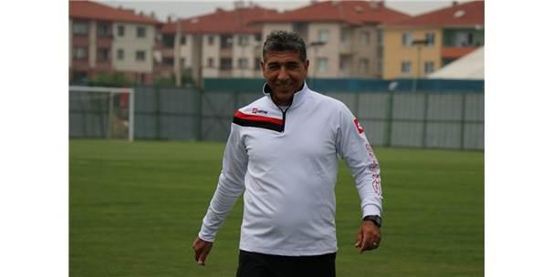 """Sait Karafırtınalar: """"Bir An Önce Süper Lig'de Mücadele Etmek İstiyoruz"""""""