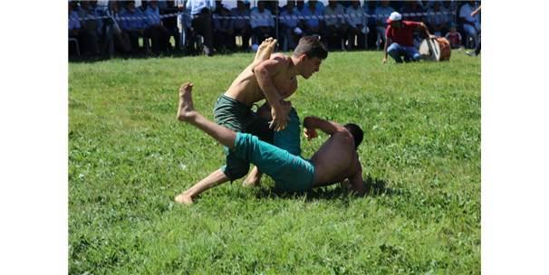 Tokat'ta Uluslararası Güreş Şampiyonası