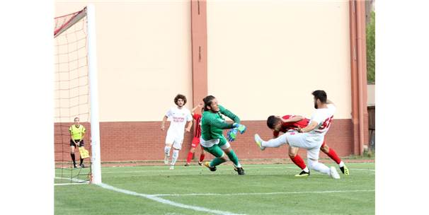 Tff 2. Lig Beyaz Grup: Kastamonuspor 1966: 0 - Sancaktepe Belediyespor: 1
