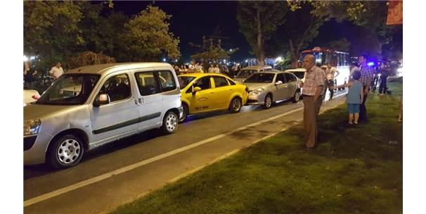 Tekirdağ'da Zincirleme Kazada 5 Araç Birbirine Girdi