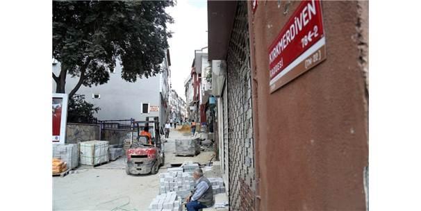 Eyüpsultan'daki Kırkmerdiven Caddesi Yenileniyor