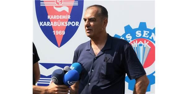 Lisansların Çıkmadığı Karabükspor'da Teknik Direktör Yılmaz İstifa Etti