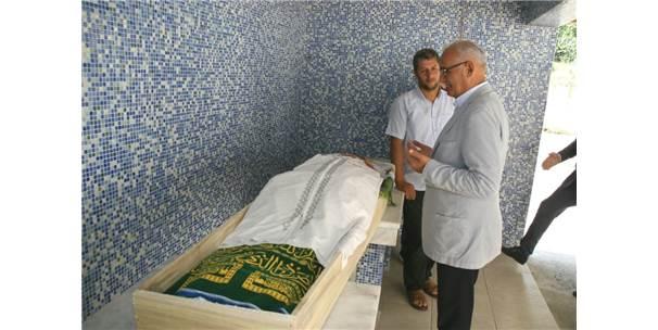 Ambulansla Arafat'a Götürülüp Hacı Oldu, Sonra Hakk'a Yürüdü