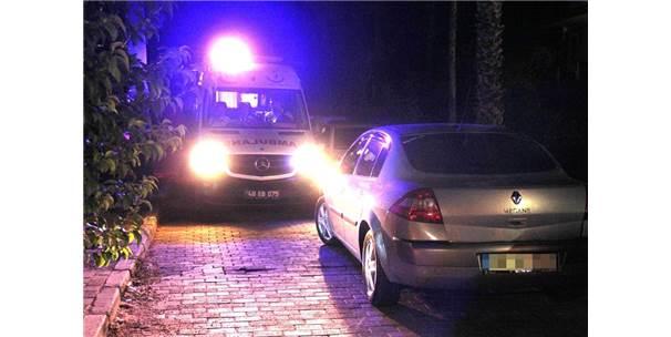 Milas'ta Vatandaşlar El Birliğiyle Ambulansa Yol Açtı