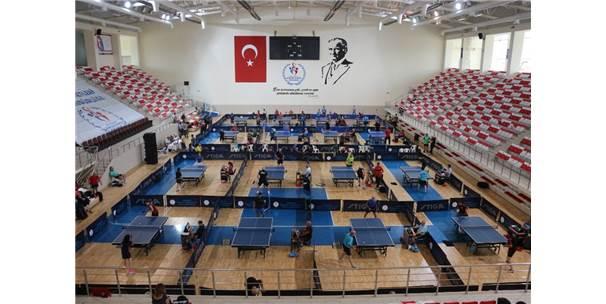 Veteran Masa Tenişçiler Eskişehir'de Buluştu