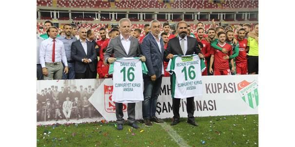 Cumhuriyet Kupası'nı Demir Grup Sivasspor Kazandı
