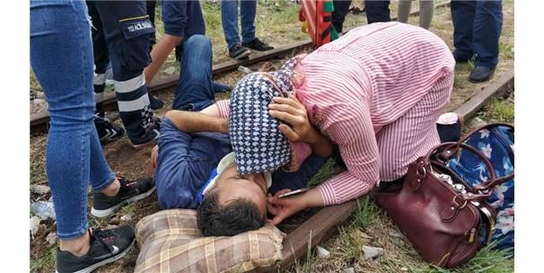 Kazada Yaralanan Polis Eşini Alnından Öperek Teselli Etti