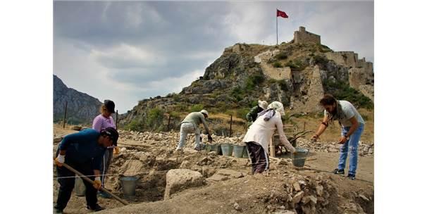 Seyahatname'deki Yıldırım Han Camii'nin Kalıntıları Bulundu