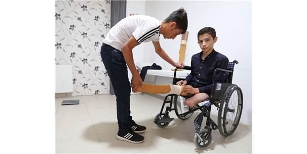 Protez Ayaklarını Kaybeden 14 Yaşındaki Sarıtaş'a Büyükşehirden Yeni Protez