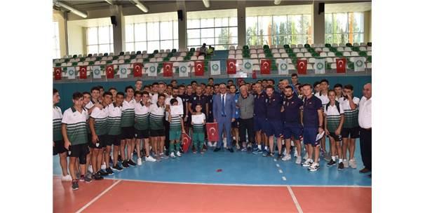 4 Bin Çocuk Manisa Büyükşehir'in Yaz Okulunda Spor Yaptı