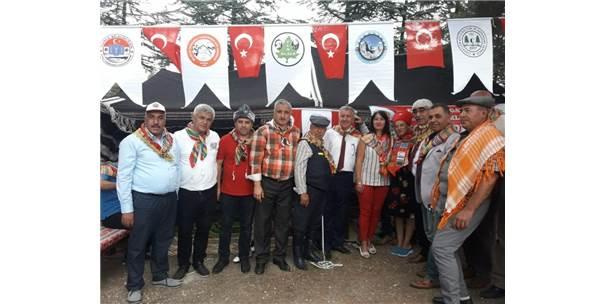 İstanbul Yörük Türkmen Derneği'nden Söğüt Çıkartması