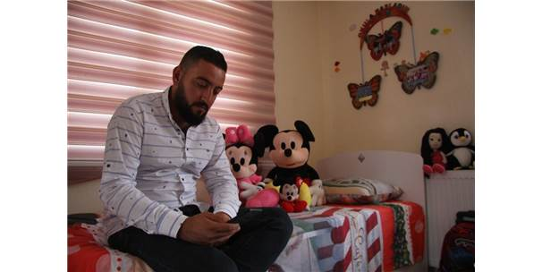Gözyaşlarıyla Babasından Ayrılmak İstemeyen Küçük Kızın Odası Boş Kaldı