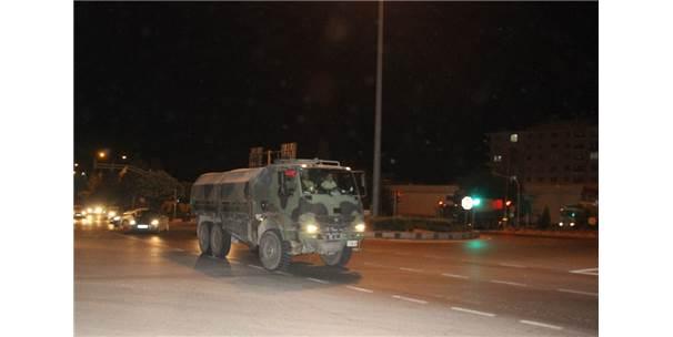 İdlib Sınırına Mühimmat İle Askere Araç Sevkiyatı