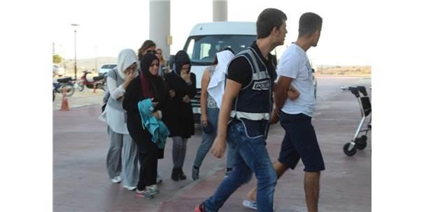 Midilli Adası'na Kaçmak İsteyen 4 Fetö Şüphelisi Daha Tutuklandı
