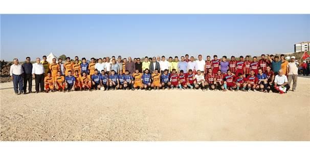 Futbol Sahalarında Kazanan Dostluk Oluyor
