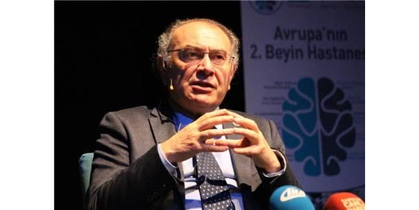 """Prof. Dr. Nevzat Tarhan: """"Dijital Bir Nesil Var"""""""