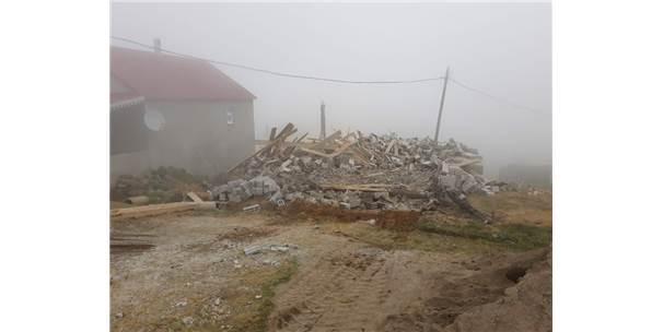 Sis Dağı Yaylası'ndaki Yıkımlar Yaylanın Giresun Tarafındaki Obalarda Sürüyor