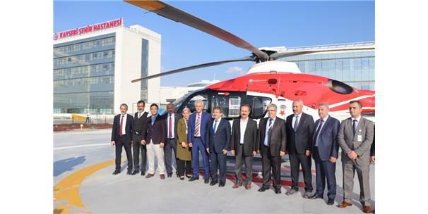Şehir Hastanesi'ne İlk Helikopter Ambulans İndi