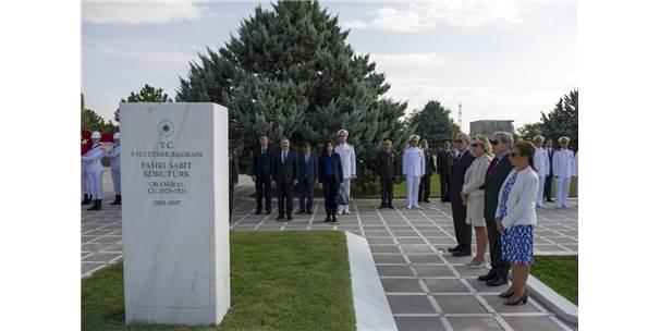 6. Cumhurbaşkanı Fahri Korutürk Mezarı Başında Anıldı