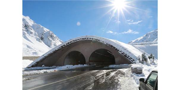 Ovit Tüneli İle Artık Sürücüler Kar Yağdığında Çile Yaşamıyor