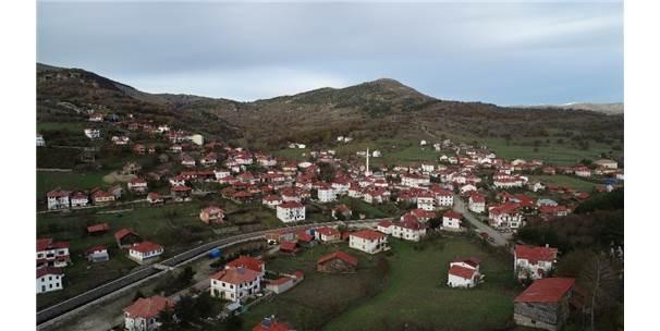 Karadeniz'de Ezber Bozan Mahalle