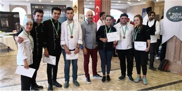 Kapadokya Üniversitesi 8 Madalya Birden Kazandı