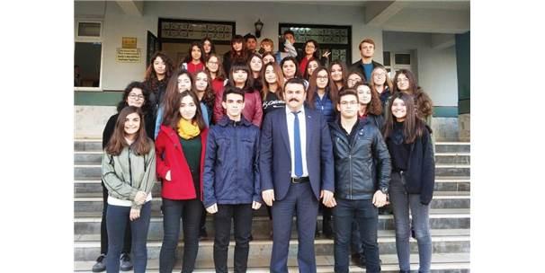 Aydınlı Öğrenciler Genç Liderler Zirvesine Katılacak