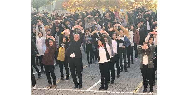 "Öğrencilere ""Fiziksel Aktivite ""Etkinliği"