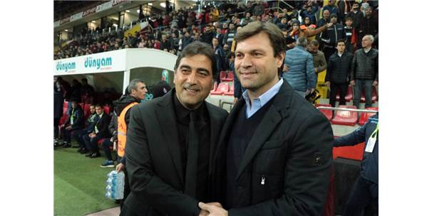 Spor Toto Süper Lig: Kayserispor: 0 - Trabzonspor: 0 (İlk Yarı)