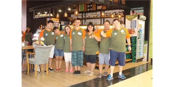 Down Sendromlu Bireylerin Çalıştığı Kafe Artık Kapanmayacak