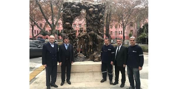 Öğretmenler Anıtı'nın Bakımını Tophane Mtal Üstlendi