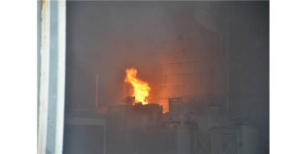 Tarım Ürünlerinin Satıldığı Dükkânda Korkutan Yangın