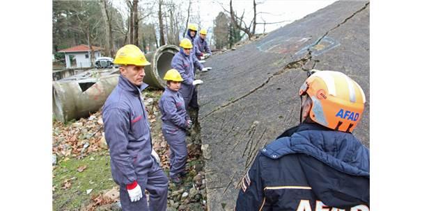 AFAD Gönüllüsü Öğrencilere Arama Kurtarma Eğitimi