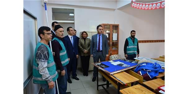 Bandırma'da Denetimlik Serbestlik Yükümlüleri Okulu Boyuyor