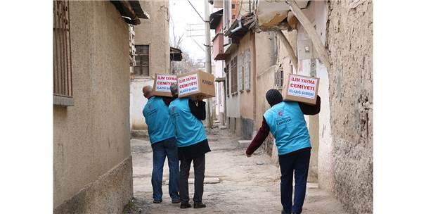 Elazığ'da İhtiyaç Sahiplerine Gıda Yardımı