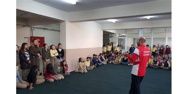 Milli Jimnastik Antrenörü Şenol, Öğrencilerle Buluştu