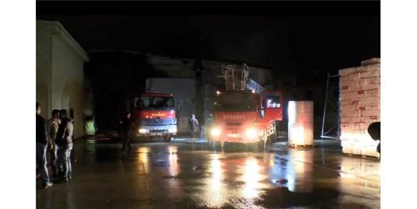 Diyarbakır'da Plastik Fabrikasında Yangın