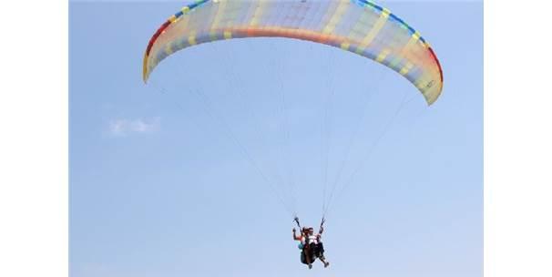 Türkiye Yamaç Paraşütü Hedef Şampiyonası 3'Ncü Etabı Samandağ'da Yapıldı
